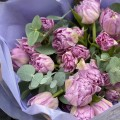 Kytice z 29 tulipánů
