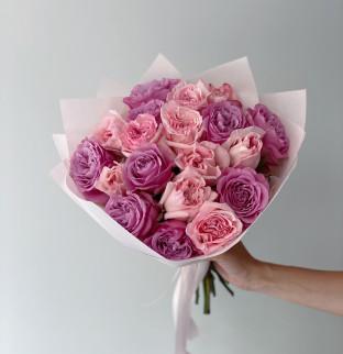Pink roses mix