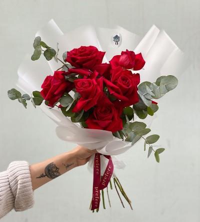 Neobyčejné červené růže