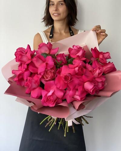 Neobyčejné růžové růže