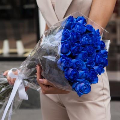 19 modrých růží