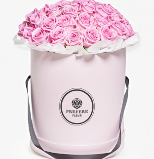 Roses Aqua in a hat box Grand Pink