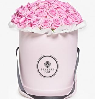 Pозы Aqua в шляпной коробке Grand Pink