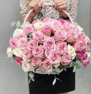 Růže v košíku