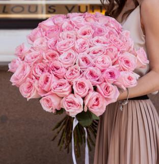 51 пионовидная розовая роза